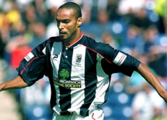 Step back in time to 2002 – Alex demolished at the Hawthorns